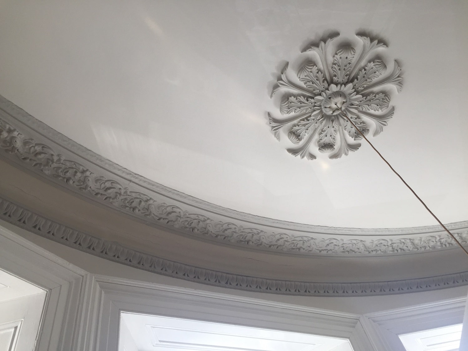 Ornate Architectural Mouldings : Decorative plaster moulding listed luxury property